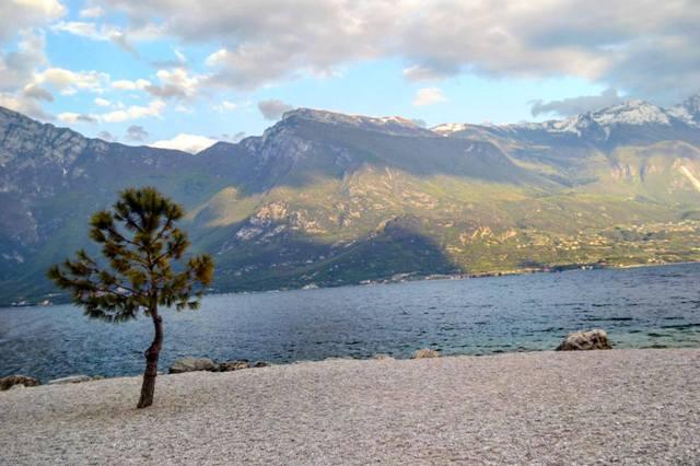 www.tripelonia.com - Limone sul Garda April 2016 (111)