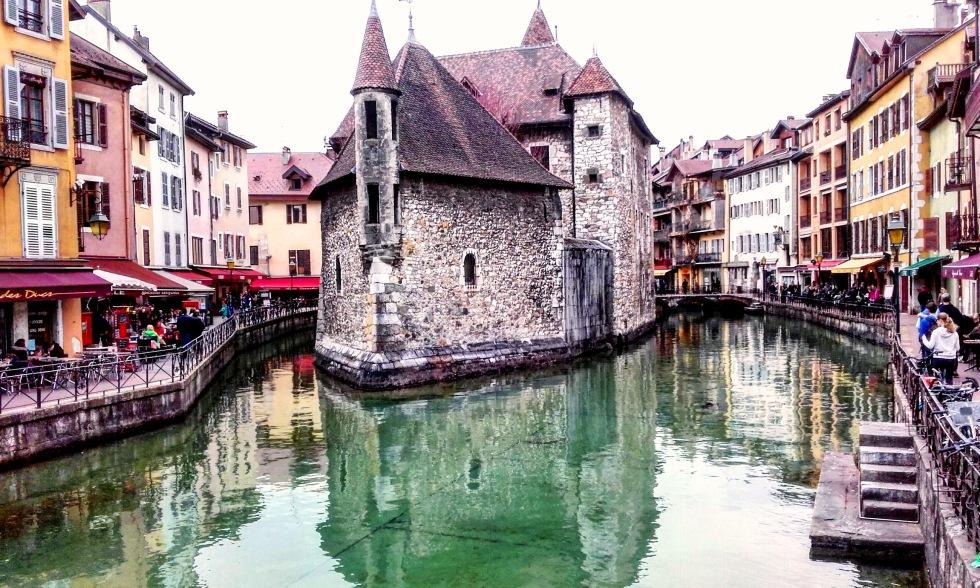 www.tripelonia.com_Annecy (3)