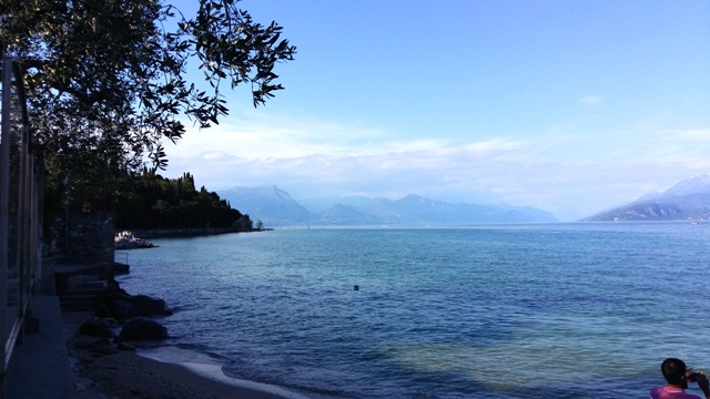 www.tripelonia.com - Sirmione_LakeGarda_April 2016 (14)