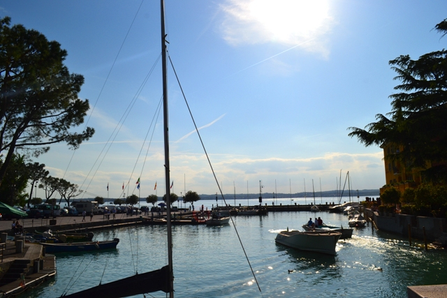 www.tripelonia.com - Sirmione_LakeGarda_April 2016 (21)
