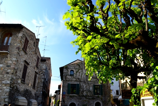 www.tripelonia.com - Sirmione_LakeGarda_April 2016 (51)