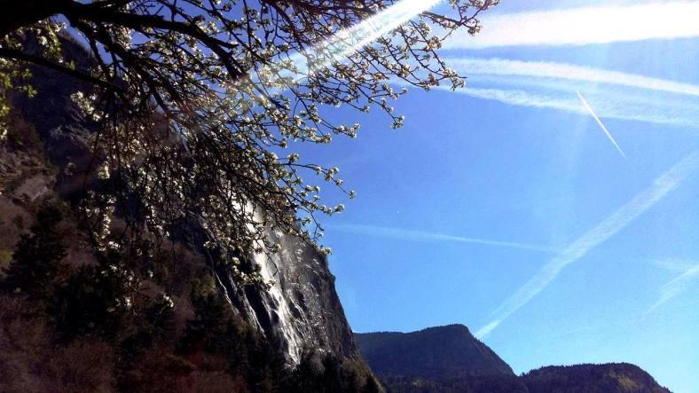 www.tripelonia.com - Arpenaz Waterfall (13)