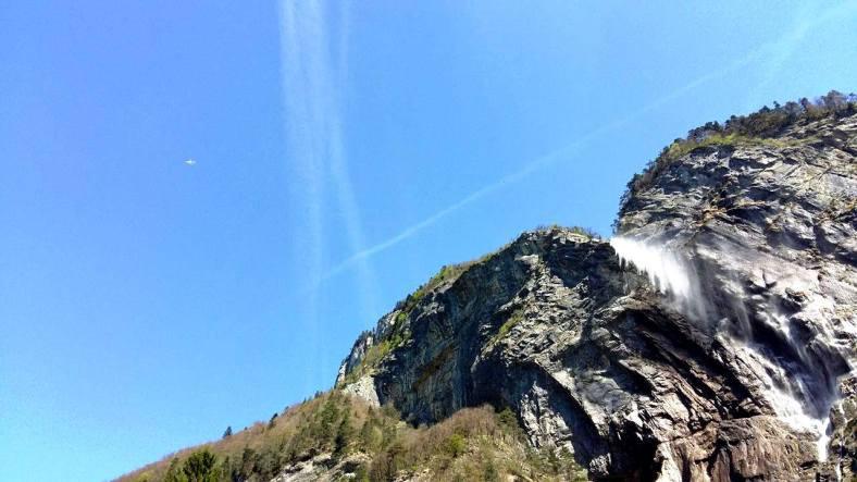 www.tripelonia.com - Arpenaz Waterfall (14)