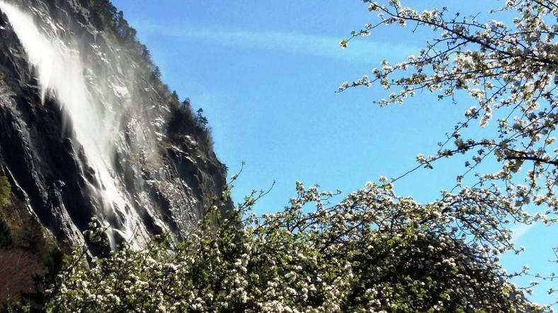 www.tripelonia.com - Arpenaz Waterfall (15)