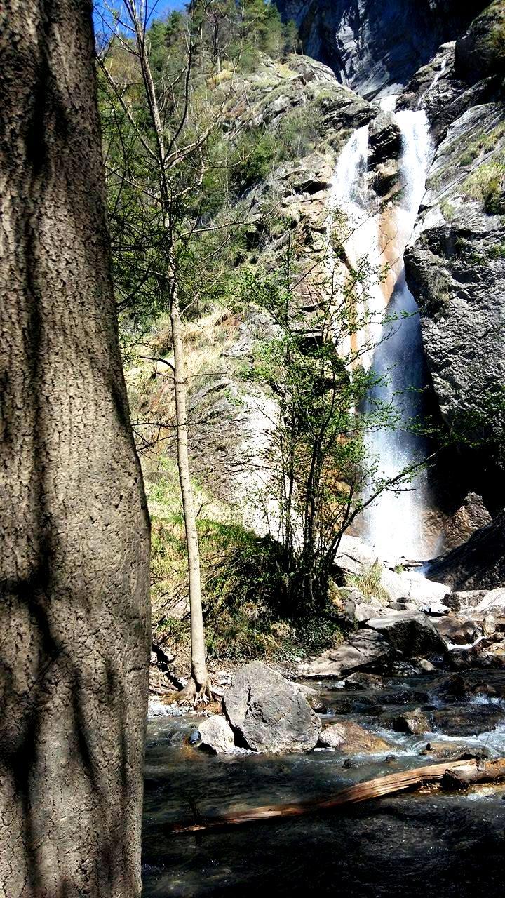 www.tripelonia.com - Arpenaz Waterfall (8)