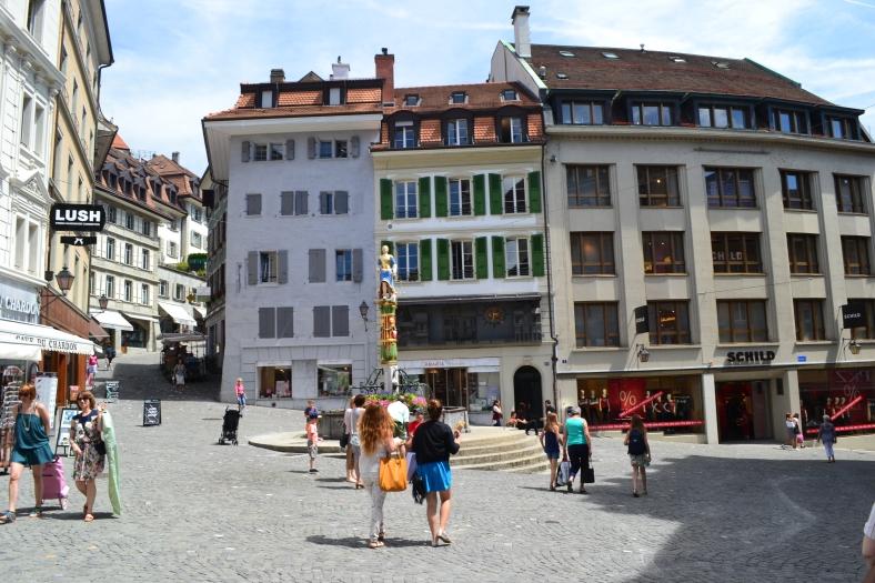 www.tripelonia.com - Lausanne summer (5)