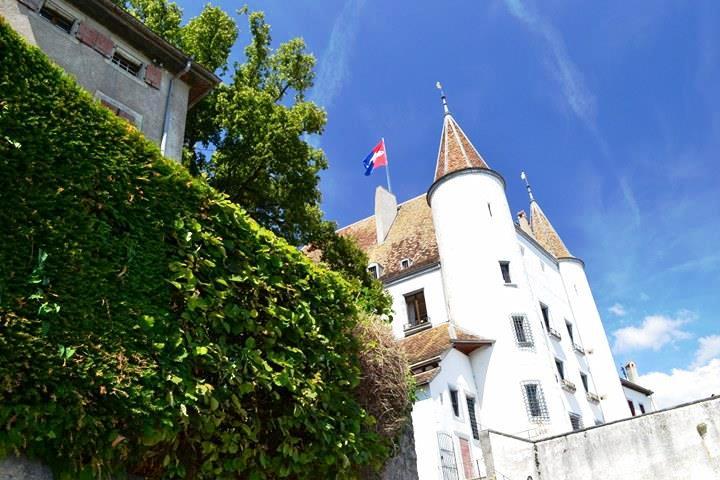 www.tripelonia.com - Nyon Switzerland (7)
