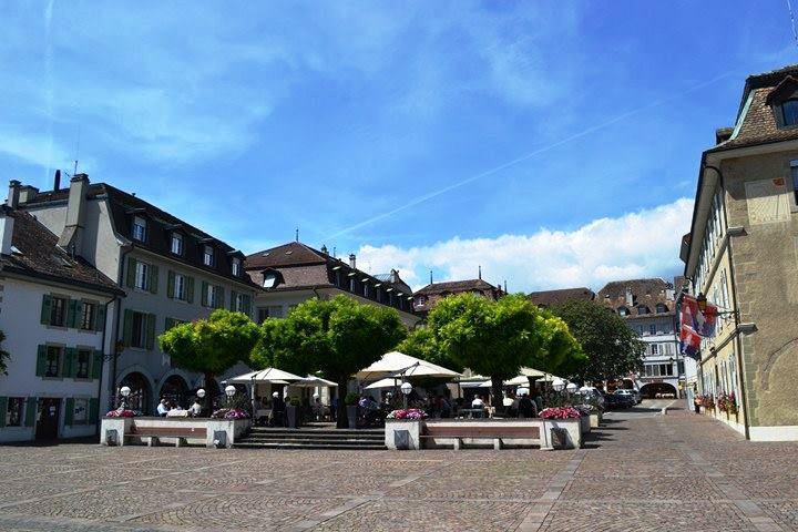 www.tripelonia.com - Nyon Switzerland (8)