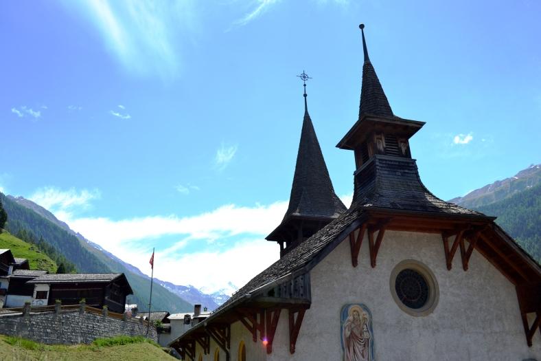 www.tripelonia.com - Ayer village (1)